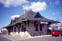 Raritan Train Station